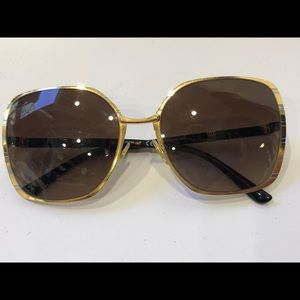 Tory Burch sunglasses TY6055 333913 gold frame